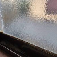 窓のカビ清掃